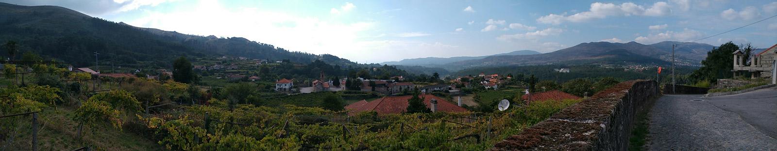 Copyright: C. Raffelt. Der Blick von der Quinta von Anselmo Mendes